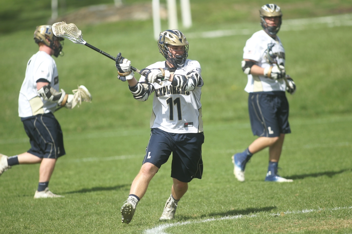 Varsity Lacrosse Team Finishes PCL Regular Season Undefeated
