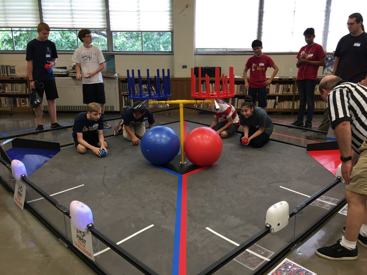 La Salle Robotics Program Adds Two New Teams For 2016-17 Season