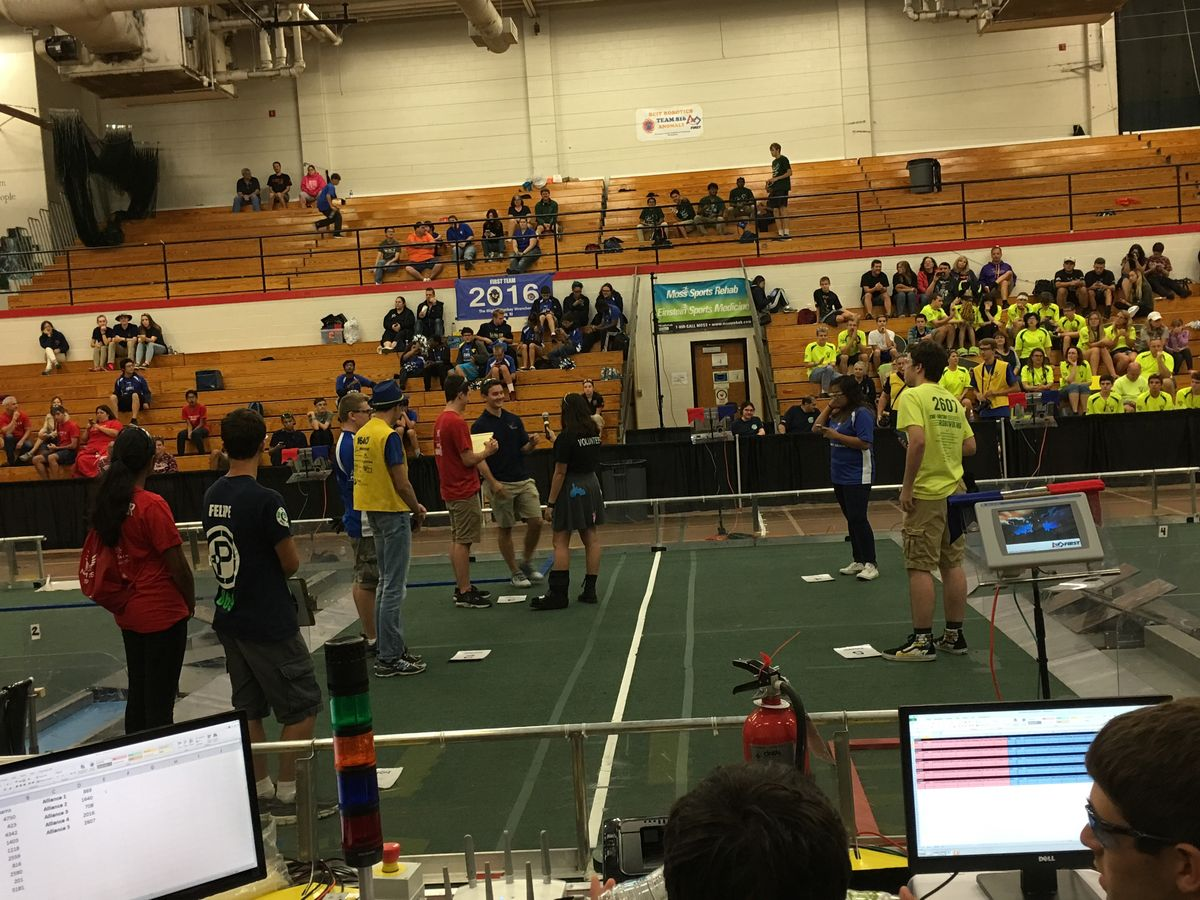 Robotics Team Advances to Semifinals in HAVOC Off-Season Robotics Event