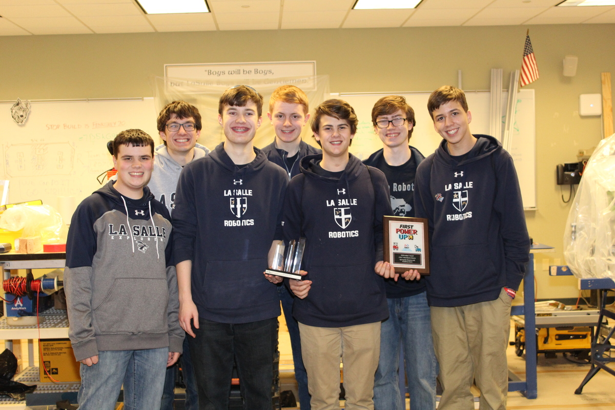 La Salle Robotics Team Wins Judge's Award for Curriculum Inspiration