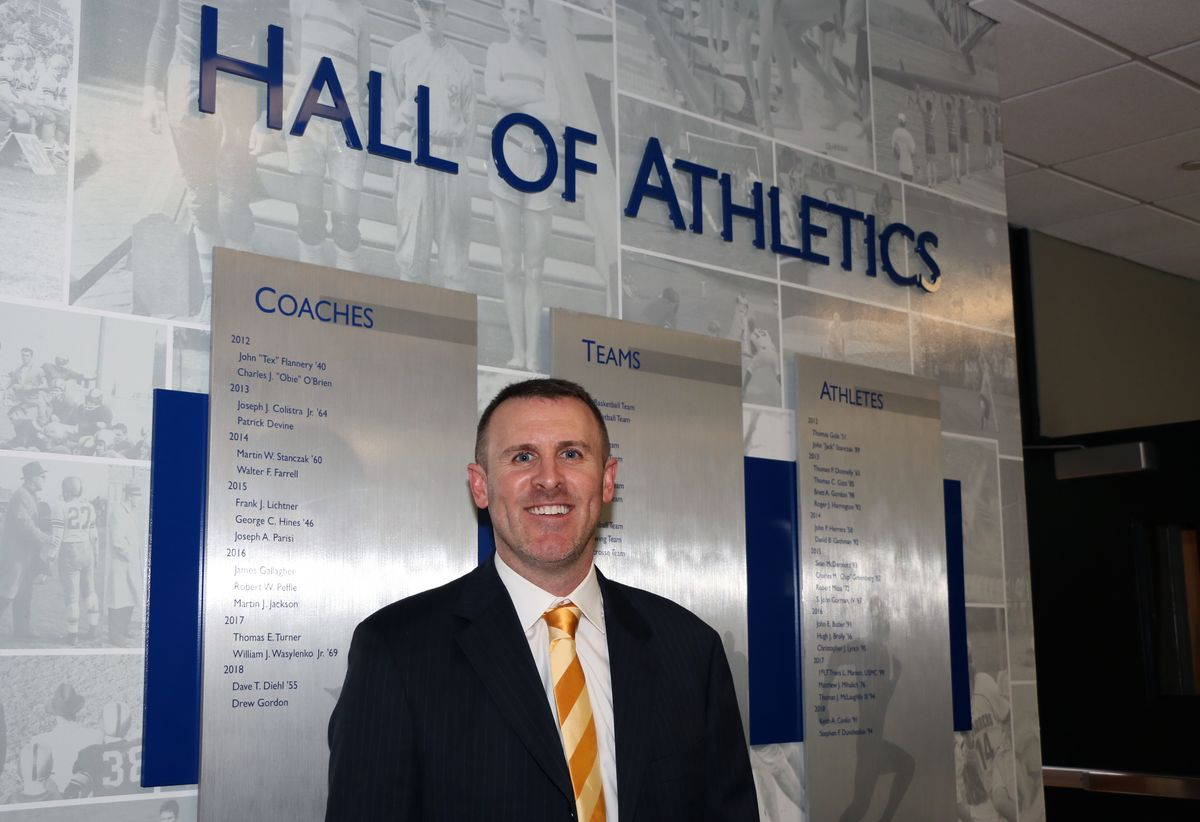 Dave Diehl '55 and Steve Duncheskie '94 Headline List of Inductees Into Hall of Athletics