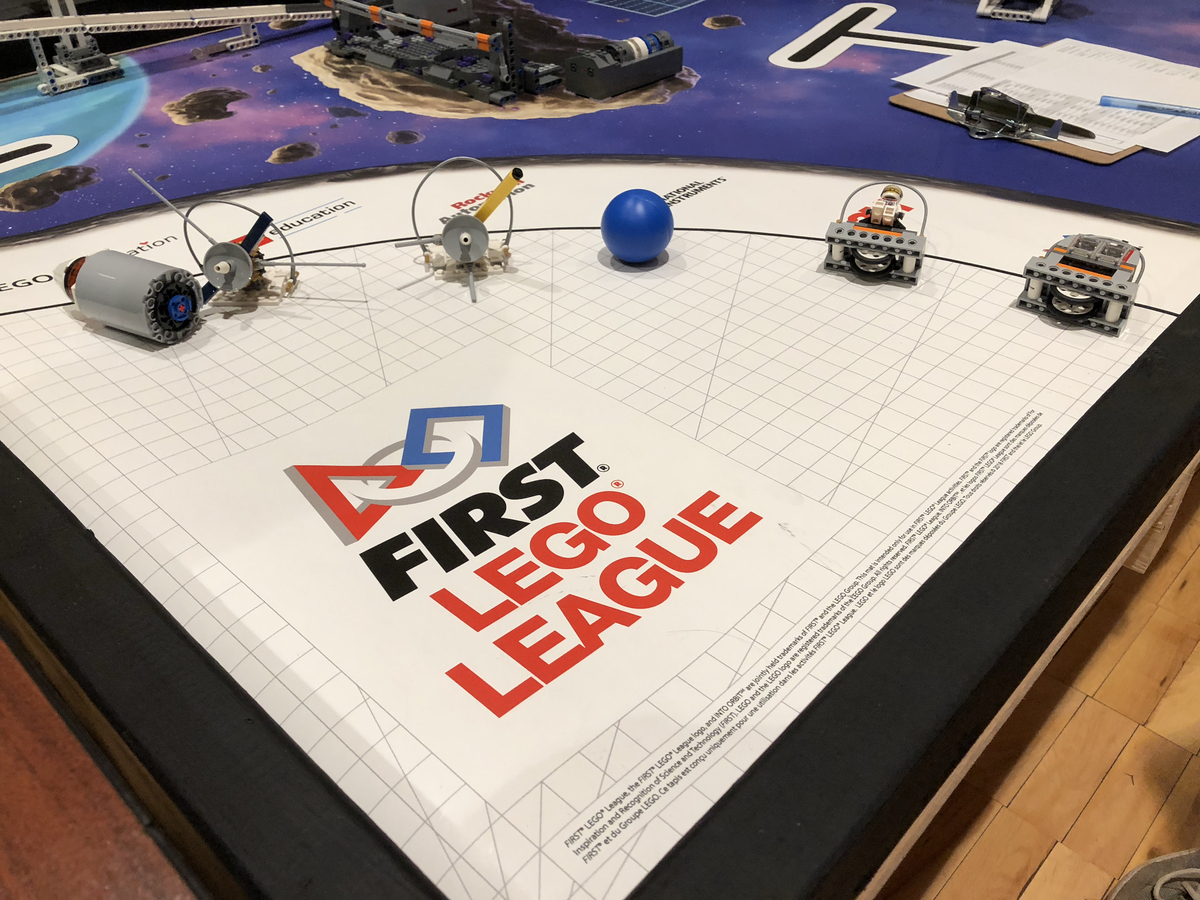 La Salle Hosts First Ever Robotics Competition On Campus